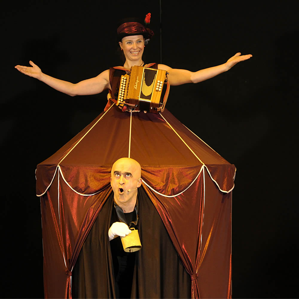 compagnia lannutti corbo - zirk comedy